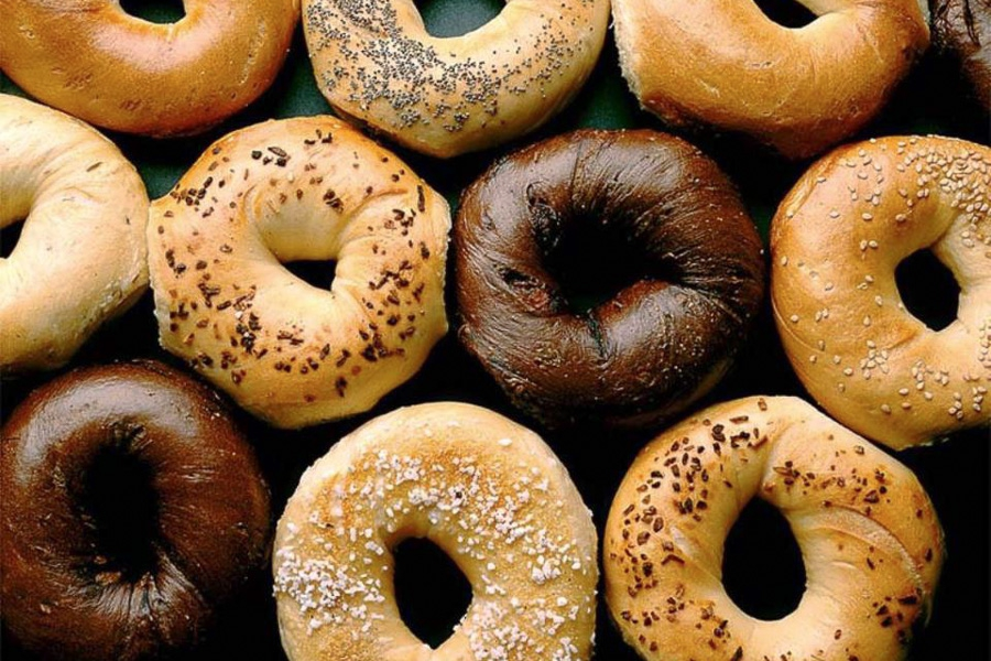 top-10-bagel-spots-new-york-absolute-bagel-assortment