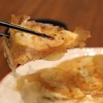 【手作りでも冷凍でもOK!】パリッと簡単♪羽付き餃子の焼き方